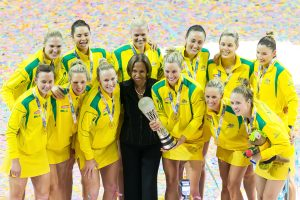 netball_australia_winners_nwc2015_trophy_team_shot